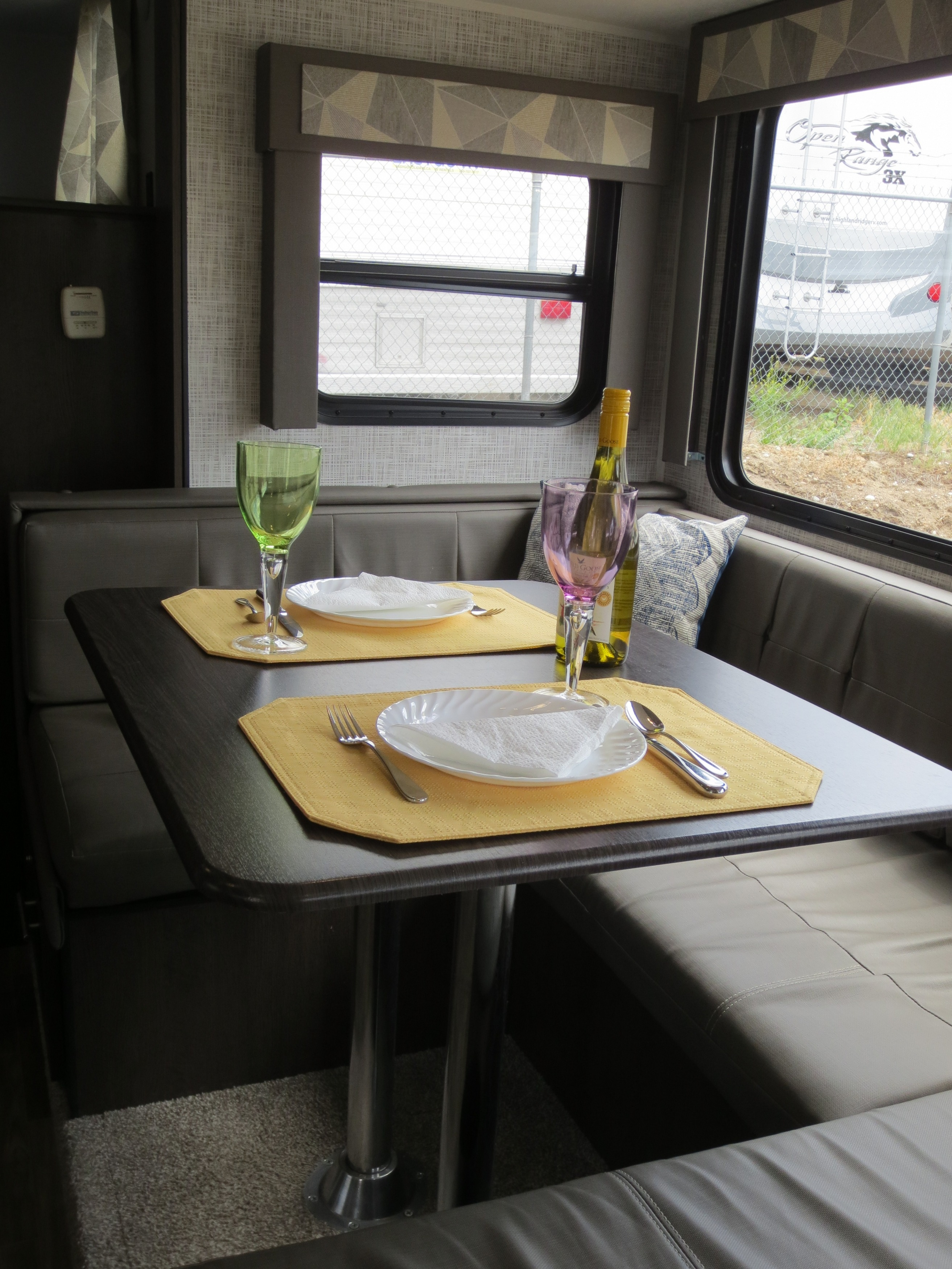 29' Cruise Lite Trailer with Slide-out Dinette View
