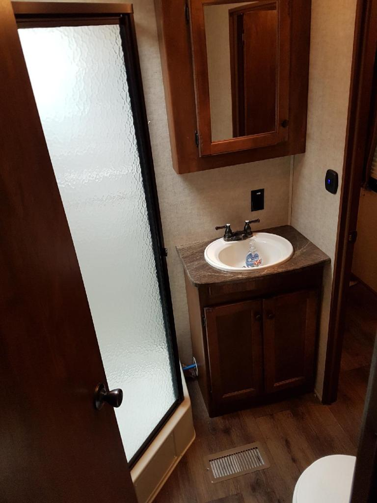 34' Sprinter Trailer Shower/Bathroom View