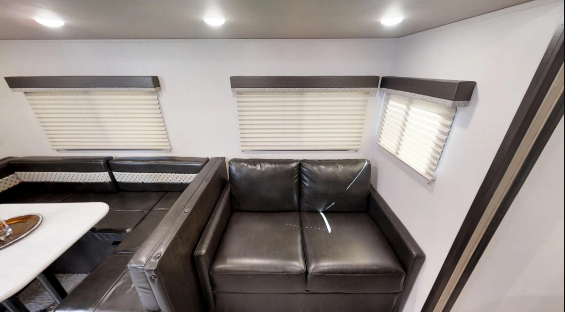 33' Surveyor Trailer Sofa